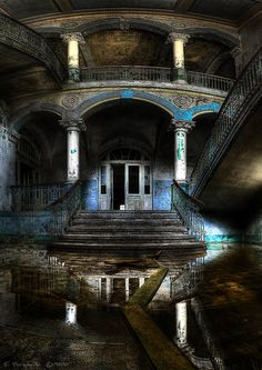 #abandoned #house #old http://www.cancelartiemposcompartidos.com/blog/137-companias-de-intercambio-tiempo-compartido/