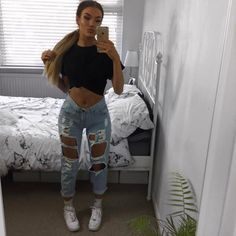 Igkennedysinclaire ig baddie style fashion baddies t Cute Maternity Outfits, Sexy Outfits, Cute Outfits, Baddies Outfits, Instagram Baddie Outfit, Insta Baddie, Spring Fashion Outfits, Summer Outfits, Boyfriend Jeans Outfit
