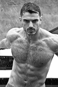 Anderson Barbosa, 28 years old and 185 cm/6'2', is a nurse from São Paulo. In his spare time, he enjoys weight training and doing outdoor activities. Photographs by Ronaldo Donizeti.