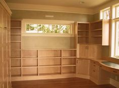 I would like this room in my house....ready to fill with all my craft supplies.