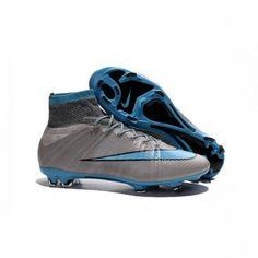 Nourrie par la technologie Nike Flyknit et avec sa toute nouvelle silhouette, la Mercurial Superfly FG sera la chaussure de choix pour les joueurs les plus rapides du jeu.