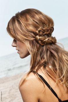 coiffure mariage tresse et cheveux lachés http://yesidomariage.com - Conseils sur le blog de mariage