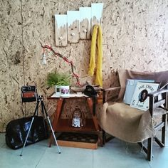 Retro mood with a home decoration and vintage details. Polaroid camera, vinyl disks and    vintage products in our website (thecreativehut.gr)