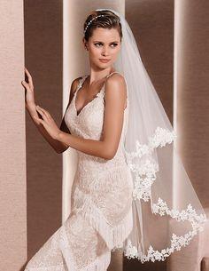 fingertip length tulle veil floral lace edging bridal veil