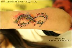 Another good one from today ! Watercolor feather infinity with birds, had a lot of fun doing this one...my client's first tattoo on her wrist and gave me free range to make a fantastic piece. Tattoo by Akash Chandani Hope u guys like this too... Your Views,Comments and Shares would be appreciated ! For more information visit and like us at - Skin Machine Tattoo Studio Bhopal . India ‪#‎watercolortattoos‬ ‪#‎colors‬ ‪#‎splash‬ ‪#‎colortattoos‬ ‪#‎infinity‬ ‪#‎infinitytattoo‬ ‪#‎love‬