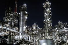 Apparently looking at factories in the dark is a thing in Japan. Here's an oil refinery...