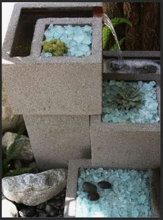 43 Awesome Cinder Block Garden Design Ideas - Page 9 of 43 Concrete Backyard, Patio Pond, Big Planters, Outdoor Planters, Container Water Gardens, Container Gardening, Cinder Block Garden, Cinder Blocks, Mediterranean Garden