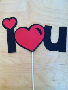 I LOVE YOU on a stick, Wedding photo props, photo booth props Wedding Photo Props, Photo Booth Props, Diy Arts And Crafts, Paper Crafts, Valentines Day Cards Handmade, Valentine Ideas, Halloween Fairy, Gift Bouquet, Valentine's Day Printables