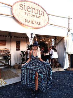 GypsyLovinLight: wearing Spell dress