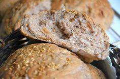 Petits pains complets aux noix, figues et graines de lin { sans MAP