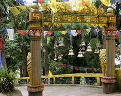 Mahakal Temple gate - Darjeeling
