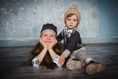 Молодой концептуальный украинский бренд детской одежды Tiny Look впервые представили свою осеннюю коллекцию для детей от 1 до 10 лет. Бренд Tiny Look создает свою линию одежды для детей, которые хотят быть непохожими на других. «Изысканный стиль в уличной манере», словесный концепт бренда, который