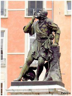 ✅ Statue de Chevalier Bayard à Grenoble (Isère)