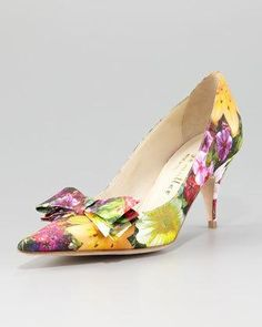Women's Bettye Muller Carron Digital Floral-Print Satin Pump