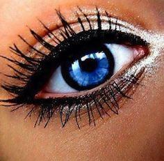 Awesome blue eye