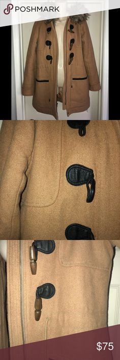 Abercrombie and Fitch Women's Parka Jacket Abercrombie and Fitch Women's Parka Jacket Size Medium in Great Condition   Camel with Fur Trimming  No flaws or holes, besides minor staining on side of jacket (not really noticeable) Abercrombie & Fitch Jackets & Coats Puffers