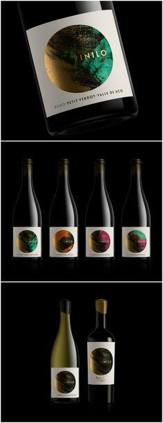 Vinilo Wines by Oveja & Remi - World Brand Design Wine Bottle Design, Wine Label Design, Bottle Packaging, Product Packaging, Wine Cask, Marketing Presentation, Champagne Label, Wine Brands, Drinks Cabinet