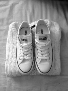 Converse Chuck Taylor All Star Sneakers White Converse, Converse All Star, Converse Shoes, Converse Fashion, Shoes Sneakers, Cheap Converse, Fashion Shoes, Converse Classic, City Fashion