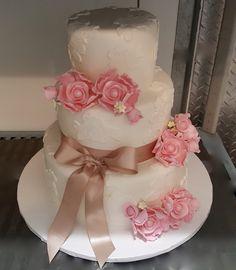 Calumet Bakery Wedding Cake #63