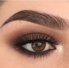 Beautiful eye makeup in nude colors