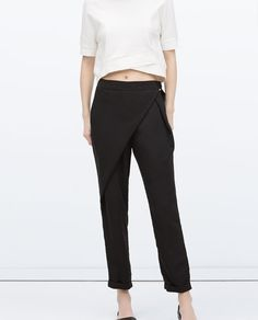 white crop top & fold over black pants #style #fashion