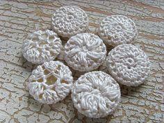 crochet buttons & other tutorials ~ mademoisellechaos