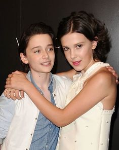 Noah Schnapp & Millie Bobby Brown