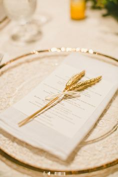 Simple gold details: http://www.stylemepretty.com/little-black-book-blog/2015/03/31/elegant-saint-helena-vineyard-wedding/ | Photography: Onelove - http://www.onelove-photo.com/