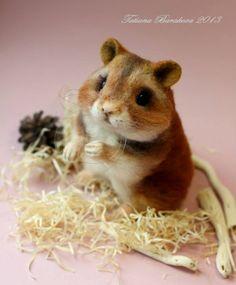 Needle felted hamster by Tatiana Barakova.