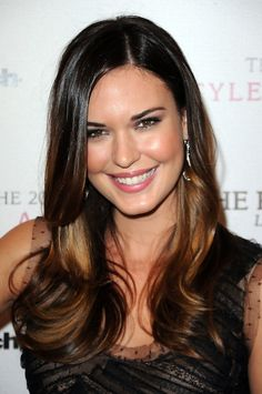 Ombre Hair Style 2013 – Layered Long Sleek Hairstyle for Women | Hairstyles Weekly