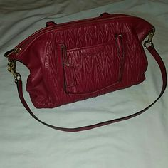 Authentic Coach Purse GATHERED LEATHER SATCHEL COACH F29284 Raspberry color. In great condition! Only used it a couple times. Serial number is shown in photos. Comes with a detachable long strap. Coach Bags