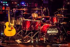 Brushville - just before the show started.   http://photos.terrymercer.com/brushville