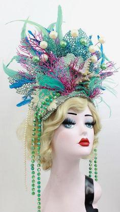 Mermaid Headpiece, Mermaid Crown, Mardi Gras Costumes, Halloween Costumes, Halloween 2016, Halloween Accessoires, Under The Sea Costumes, Vegas Showgirl, Mermaid Parade