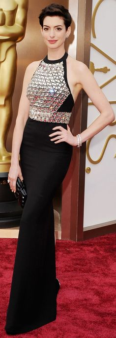 Anne Hathaway in a Gucci gown at the Academy Awards. #redcarpet #Oscars #2014 #RedCarpet #CelebrityStyle #AnnHathaway