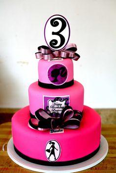 so cute! Barbie cake