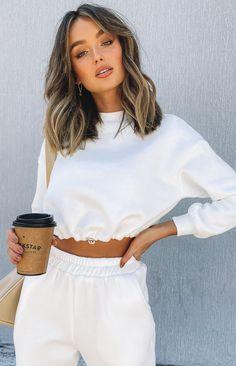 Medium Hair Cuts, Short Hair Cuts, Medium Hair Styles, Short Hair Styles, Medium Short Hair, In Style Hair Cuts, Cute Medium Length Hair, Short Trendy Hair, Short Brunette Hair Cuts