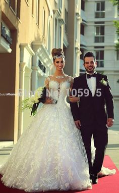Find More Wedding Dresses Information about Stunning Fashion Design A Line Scoop Long Sleeves See Through Back Chapel Train Lace Wedding Dress 2015 Vestido De Novia M57,High Quality dress fedora,China dress patterns for ladies Suppliers, Cheap dress nina from Bridal Sally Wedding Store on Aliexpress.com