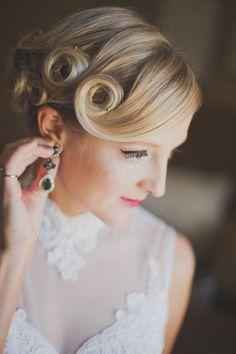 Vintage Wedding Hair Pin Up Curls