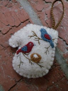 Miniature Mitten Felt Ornament inspiration =)