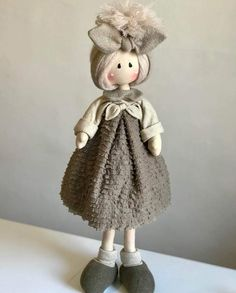 Natale 2018 | Categorie prodotto | Country Creations Bear Doll, Soft Dolls, Doll Clothes Patterns, Cute Dolls, Fabric Dolls, Softies, Puppets, Diy And Crafts, Chiffon