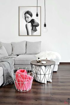 This basket by Ferm Living is perfect also as a coffee table, next to your bed or as a small side table.