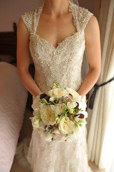 gillian pollard designs wedding florist flowers bouquet bride peony david austin rose summer white cream brown 4.JPG
