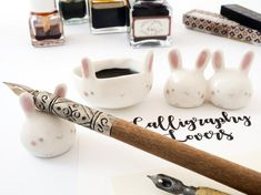 Calligraphy Kit Bunny shaped or Watercolor Set with Paintbrush rest and Ink pot, Handmade Ceramic. Chopstick Holder, Chopstick Rest, Sushi Set, Ceramic Brush, Ceramic Art, Match Parfait, Calligraphy Kit, Cerámica Ideas, Artist Supplies