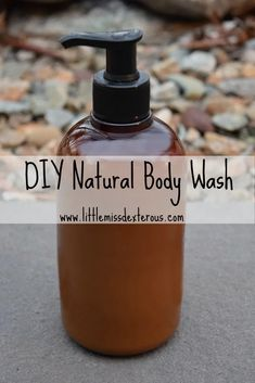 DIY Natural Body Wash- Little Miss Dexterous Do you have dry skin that need some love? This DIY Body Wash is moisturizing, smooth, and smells amazing! It is SO easy to make! Diy Body Wash, Homemade Body Wash, Natural Body Wash, Be Natural, Natural Skin Care, Natural Beauty, Natural Oils, Organic Beauty, Natural Makeup