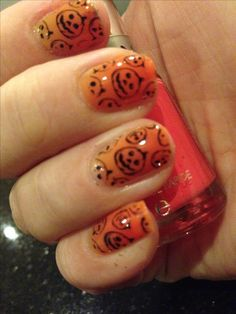 Pretty & Polished thermal nail polish in Candy Corn and pumpkin stamping plate
