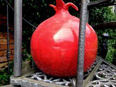 Daniela Rigogliosi Raku pottery Red Pot