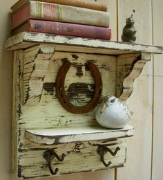 Photo: Rustic Shelf…with a horseshoe…via Etsy. Categories: Decoration Added: Tags: Rustic,Shelf…with,horseshoe…via,Etsy. Resolutions: Description: This photo is about Rustic Shelf…with a horseshoe…via Etsy…. Rustic Furniture, Painted Furniture, Diy Furniture, Country Decor, Rustic Decor, Reclaimed Wood Projects, Rustic Shelves, Old Wood, Furniture Projects