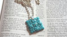 This diamond or square shaped teal mustard seed necklace comes in a gift box with the Matthew 17:20 bible verse print and makes a great gift.     If