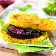 Recette de palets de polenta façon hamburgers végétarien