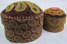 """Decorative """"woolies""""  http://rebekahlsmith.blogspot.com/"""